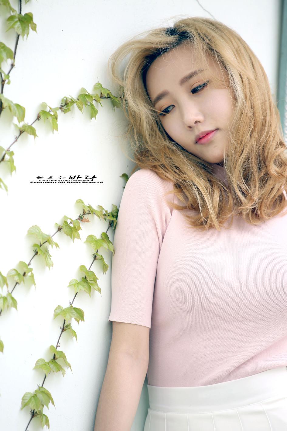 TEN PHOTO 레인보우 승아 완벽한 11자 복근2016 FW 헤라 서울 패션