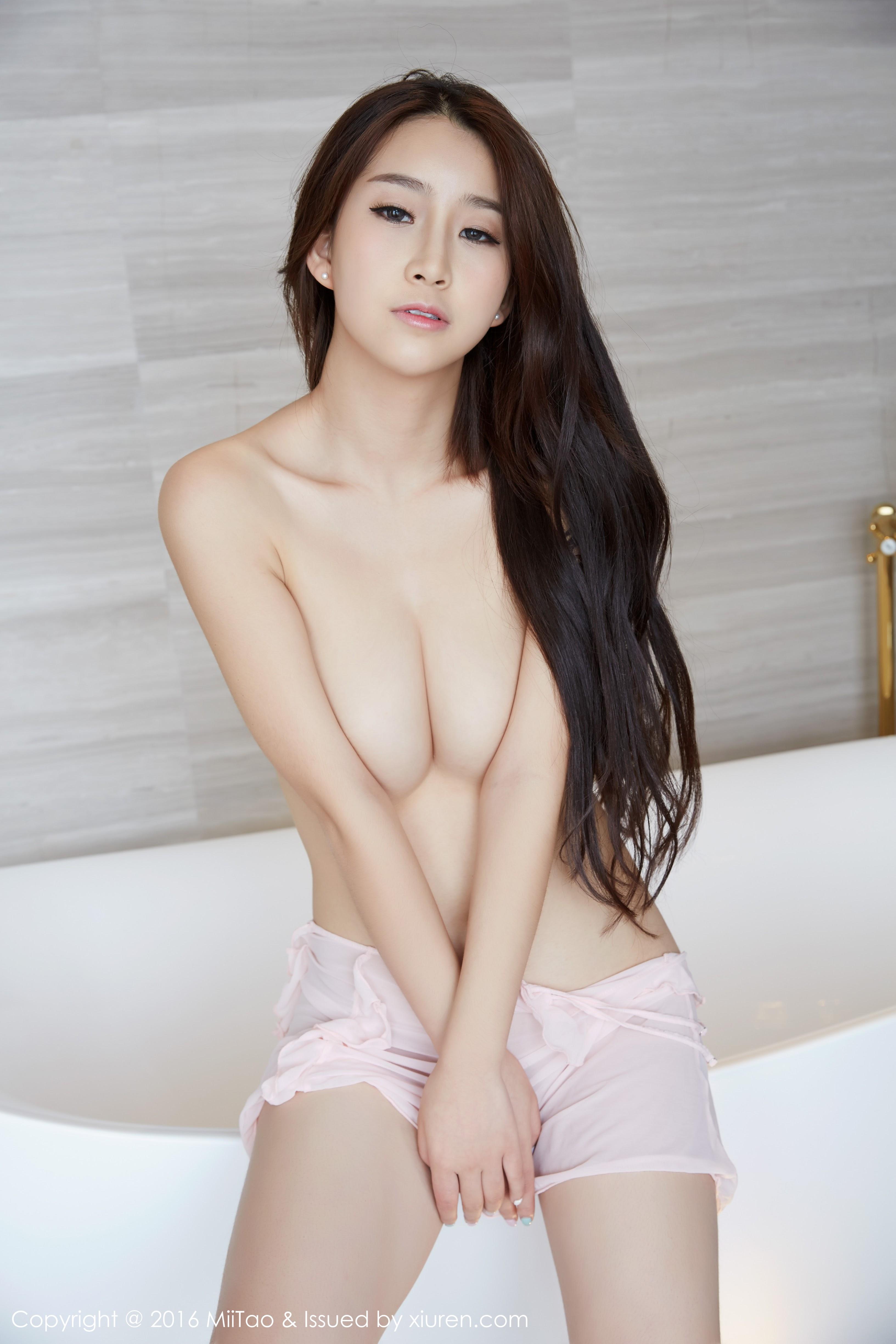 hot nude Chinese beautiful girl